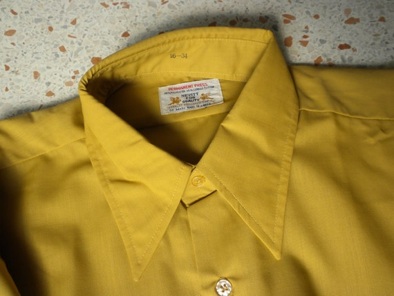 NOS Mens Shirt / 70s Long Sleeve Shirt / Vintage Gold Shirt / Size Large / Long Collar Shirt