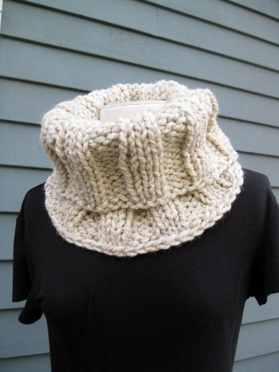 Wool Cowl - Ivory Tweed