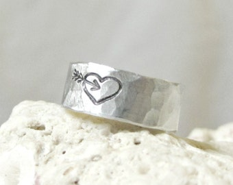 Rustic Heart Arrow Ring- Silver Hammered Band Ring