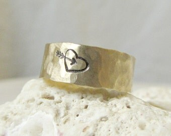 Rustic Heart Arrow Ring- Hammered Brass Band Ring