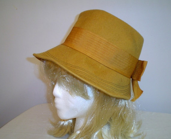 60s Henry Pollak Mustard Yellow Fur Felt Cloche/Pork Pie Dress HAT