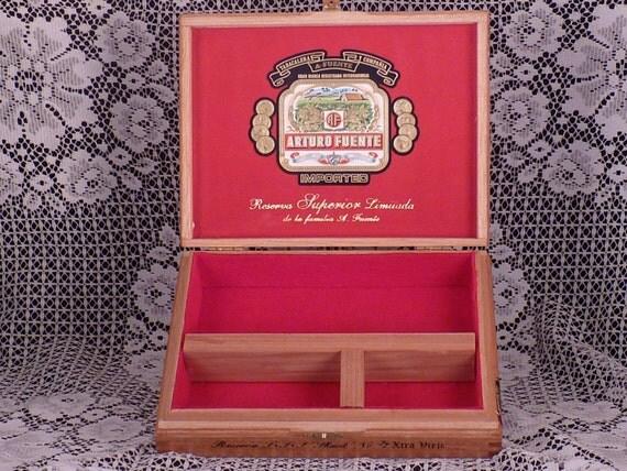 Cigar Box Valet Arturo Fuente Reserva Anejo Limitada Shark No. 77