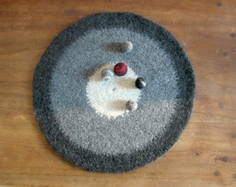 Felt placemat grey - Organic eco-friendly - Cream, light gray and dark gray