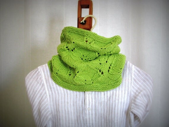 Green unisex Cowl -  Knitted  spring gift