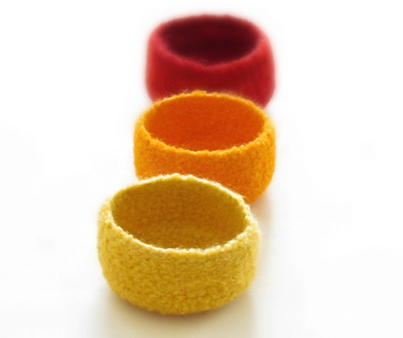 Free Shipping - Felted bowls / sun colors / Three little bowls in yellow, orange and red / bright colors - warming gift