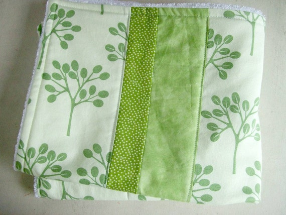 Kitchen Dish Mat/ Dish Drying Mat/ Kitchen Towel in Green Trees / Christmas Gift Idea for Women