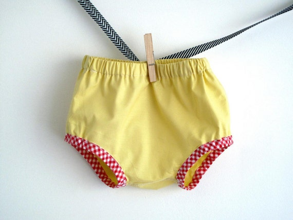 Sunshine yellow baby diaper cover, baby summer bloomer. Size 6-12 months.