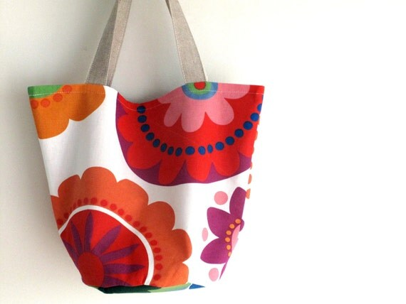 Canvas tote, medium size bucket style bag, shoulder bag. Colorful print handbag. Summer tropical punch. Ready to ship.
