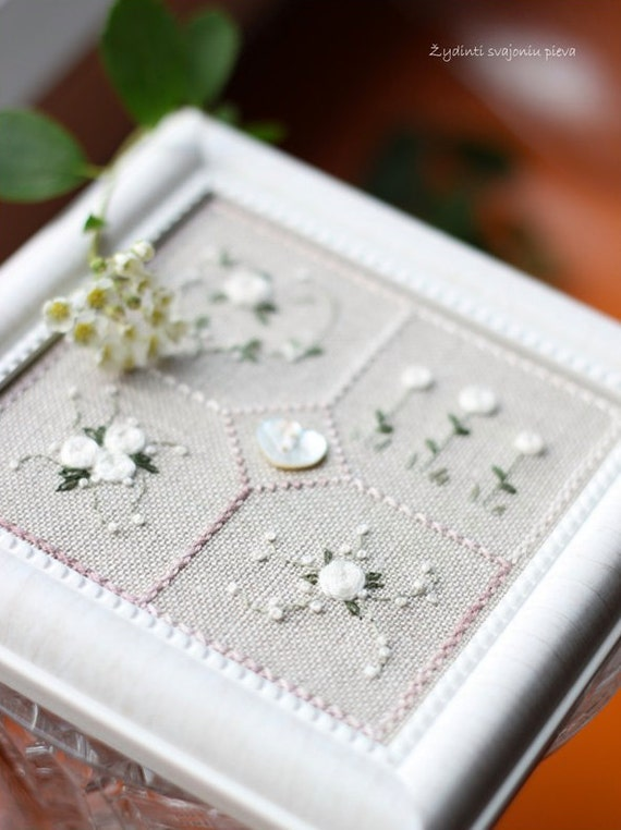 """32 ct. cross stitch fabric natural belfast linen (13.5"""" x 17"""") 32 count counted cross stitch diy"""
