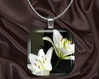 Lily Glass Tile Pendant with chain(CusFl22.4)