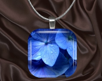 Blue Hydrangea Glass Tile Pendant with chain(CuFl6.3)