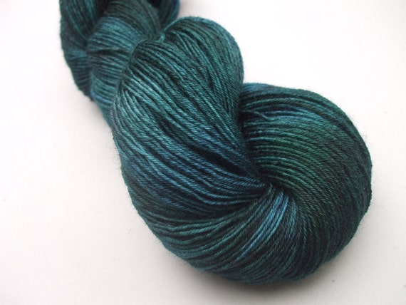 British Superwash BFL 4 ply Sock Wool. Black Watch.
