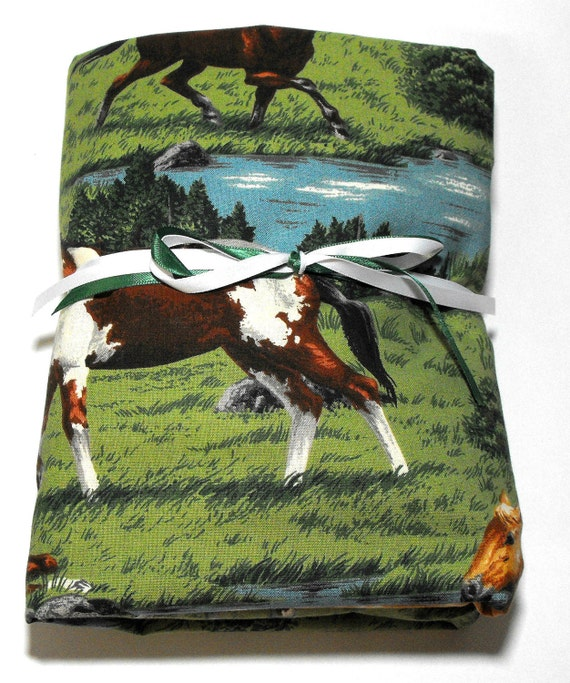 Horse Sheet, Fitted Crib or Toddler Bed