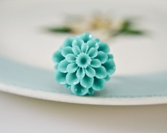 Jumbo Chrysanthemum Ring- Carribean Green
