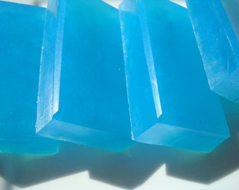 Blueberry Soap - Blue Soap - Homemade Soap - Pretty Soap - Bar Soap - 1/4 lb Soap - One Quarter Pound Soap