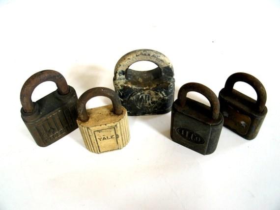 Vintage Locks  Lot of 5 Padlocks