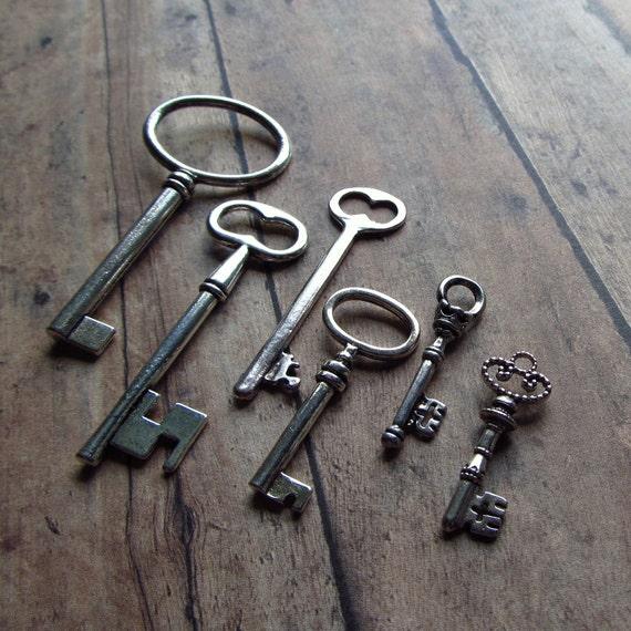 Keys to the Castle - Antique Silver Skeleton Key Assortment - Set of 6