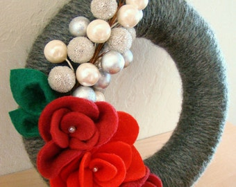 Christmas Wreath 8 inch Yarn Wreath with Red and Crimson Felt Flowers Christmas Chic Wreath FREE SHIPPING