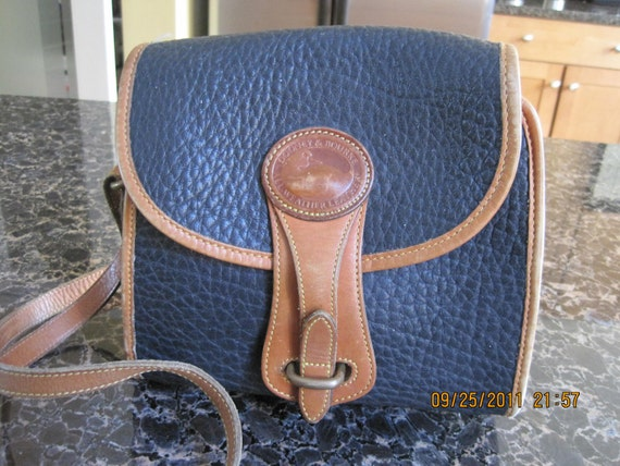 Vintage Dooney & Bourke Black/Tan All-Weather Leather Shoulder Bag/Crossbody