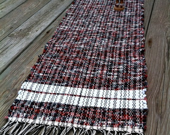 Handwoven rag rug made of upcycled vintage clothing