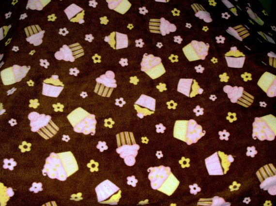 Made to Order Cozy: Cupcakes Galore Fleece Pet Blanket