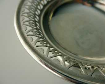 vintage Plato silverplate round serving dish- candy