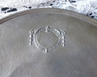 vintage Homan silver plate round tray - 1920s, 1930s, ornate, engraved