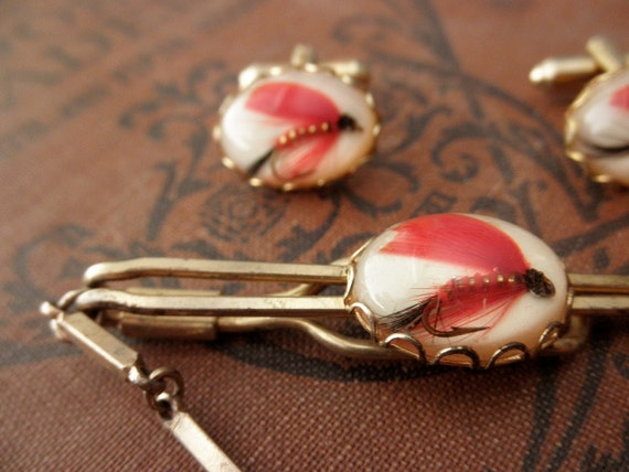 vintage fishing lure goldtone cufflinks and tin clip set