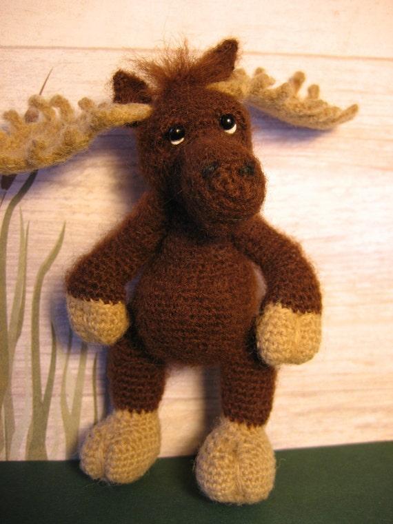 FREE SHIPPING Miniature Thread Artist Moose