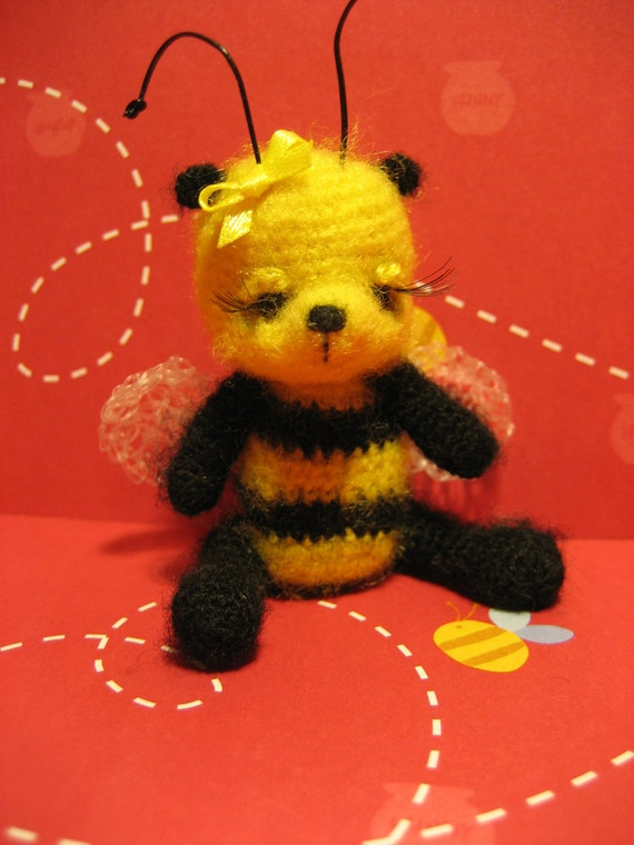 FREE SHIPPING Miniature Thread Artist Bear