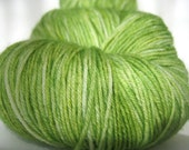 BRIGHT MOSS Hand Dyed Yarn (Eco Friendly) Blue Faced Leicester Sock Weight Green - spinningmulefibers