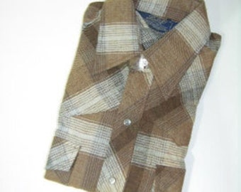 vintage 70's - 80's -Lariat- Men's Western long sleeve Flannel shirt. 'New Old Stock'. All Cotton plaid with pearl snaps. Medium