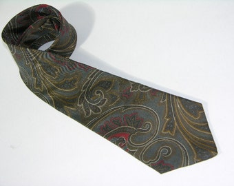 vintage Mallory & Church Men's silk neck tie. Earth tone paisley print. London