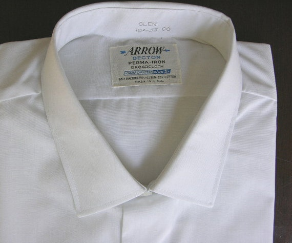 vintage 1960's Men's ARROW long sleeve dress shirt.  'New Old Stock'. White 'Broadcloth'. Small collar. Large - 16 1/2