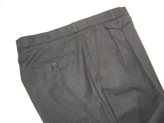 vintage 1980's Fred Perry Men's Gray wool flannel trousers.  Pleat front, narrow leg. Waist 33. England