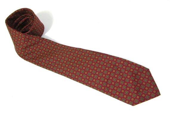 "vintage Paul Stuart Men's neck tie. Medallion print Foulard Silk. Awesome...Perfect 3"" width."