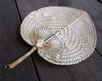 Woven Nature Color Fan Vintage Style for this summer