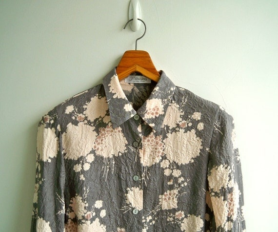 Vintage Silhouette Blossom Grey with Leaf Embossed Texture Taffeta Silk Long Sleeves Top