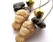 Gold earrings - gold owls - leaf earrings - Owl jewelry - forest jewelry - woodland jewerly - black - czech glass - fall, autumn, leaves