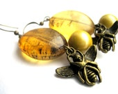 Bee earrings - amber, honey, mustard, yellow earrings - VINTAGE pearls, mustard pearls - brass bee charms