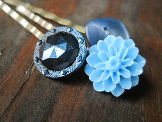 Vintage button and flower bobby pin trio - BLUEBERRY EXPLOSION