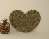 Heart shaped braided cotton trivet or hot pad. Deep Green and Cream colors. Handmade