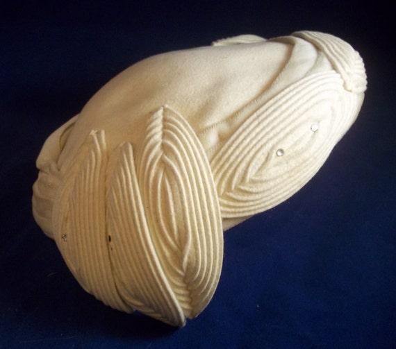 Vintage 50s Hat - Beige Wool