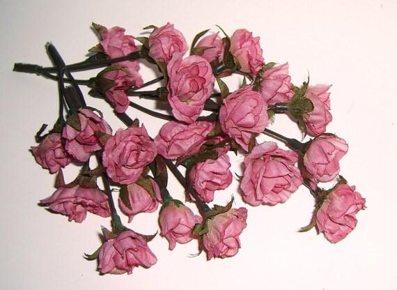 One Lot of 15 Little Pink (Mauve) Mini Roses