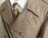 ON SALE Mens Vintage Brown Tweed Winter Coat (size 42)