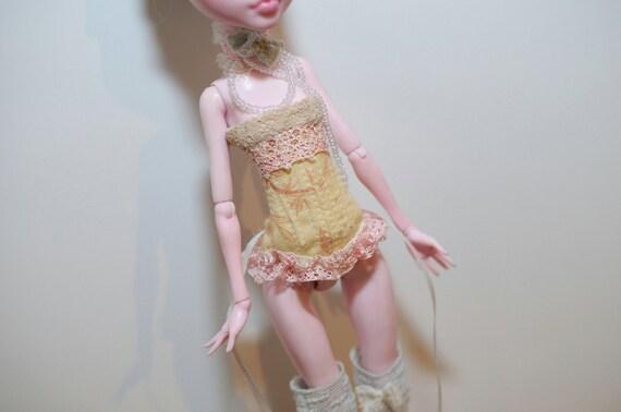 Cream Pink for Monster High