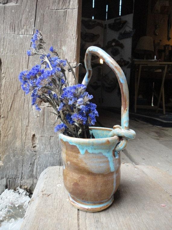 Drippy Handle Pot
