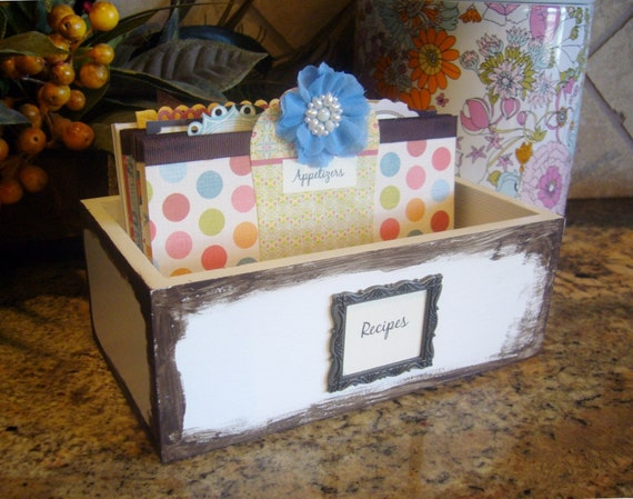 "Recipe Box and Dividers - ""Polkadot"""