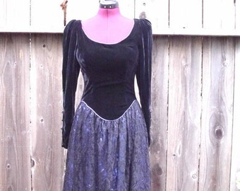 Vintage Gunne Sax  Velvet and Lace  Dress