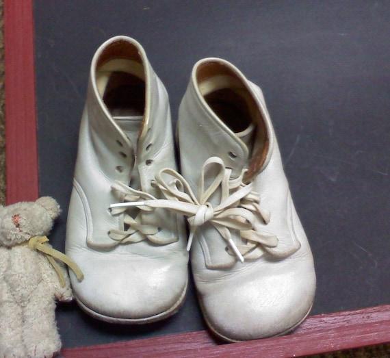 vintage white baby walking shoes